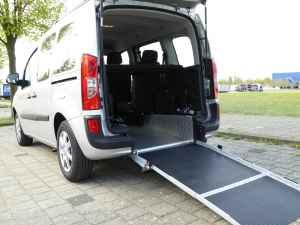 hilfsmittelb rse gebrauchte behindertengerechte autos rollst hle auf handicap bazar. Black Bedroom Furniture Sets. Home Design Ideas