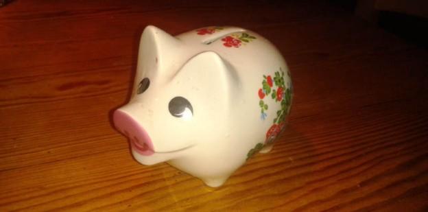 Sparschwein mit Blümchen