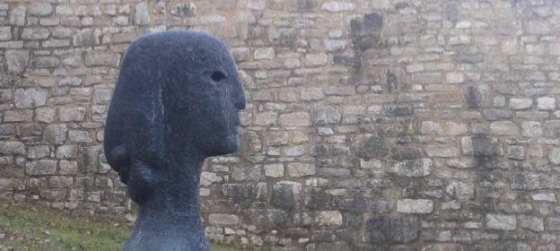 Skulptur Kopf einer Frau